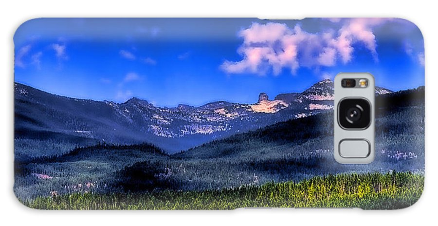 Elkins Resort Boathouse Galaxy S8 Case featuring the photograph Chimney Rock At Priest Lake by David Patterson