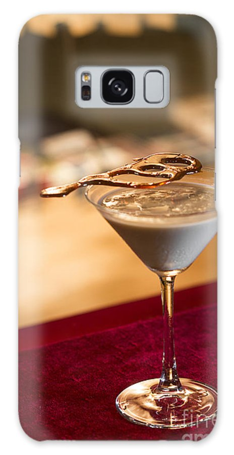 Alcohol Galaxy S8 Case featuring the photograph Chocolate And Cream Martini Cocktail by Jacek Malipan