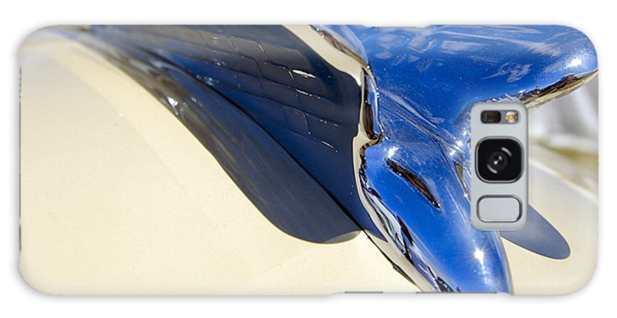 Chrysler Galaxy S8 Case featuring the photograph Chrysler New Yorker Deluxe Hood Ornament by Larry Keahey