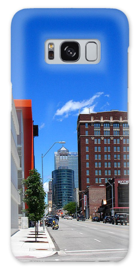 Kansas City Galaxy S8 Case featuring the photograph City Street by Steve Karol