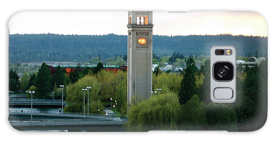 Pictures Of Washington State Galaxy S8 Case featuring the photograph Clock Tower by Wendy Raatz Photography