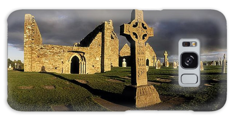 Abbey Galaxy S8 Case featuring the photograph Clonmacnoise Monastery, Co Offaly by The Irish Image Collection
