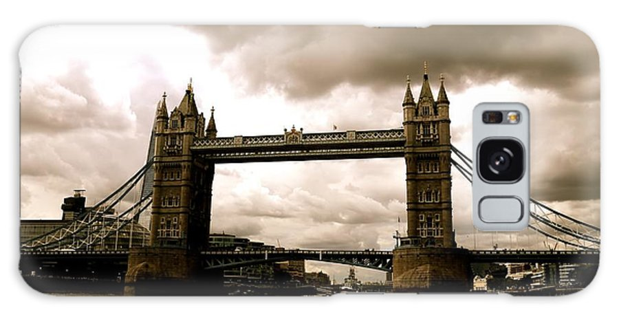 Tower Bridge Galaxy S8 Case featuring the photograph Cloudy Over Tower Bridge by Caroline Reyes-Loughrey