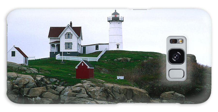 Landscape Lighthouse Nautical New England Nubble Light Cape Neddick Galaxy S8 Case featuring the photograph Cnrf0502 by Henry Butz