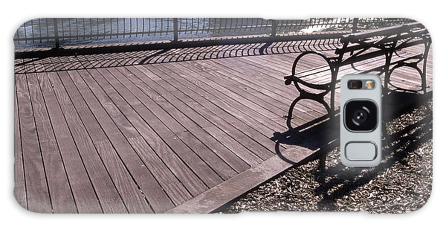 Manhattan Brooklyn Bridge Park Bench Galaxy Case featuring the photograph Cnrg0404 by Henry Butz