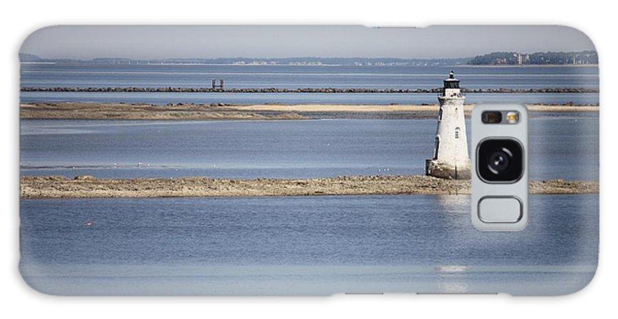 Cockspur Island Lighthouse Galaxy S8 Case featuring the photograph Cockspur Island Lighthouse With Jetty by Carol Groenen