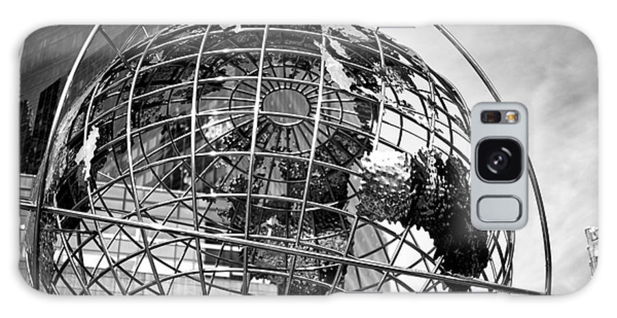 Columbus Circle Globe Galaxy S8 Case featuring the photograph Columbus Circle Globe by John Rizzuto
