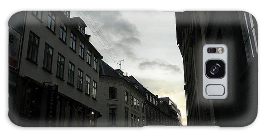 Copenhagen Facades Galaxy S8 Case featuring the photograph Copenhagen Facades In Shades Of Grey by Vineta Marinovic