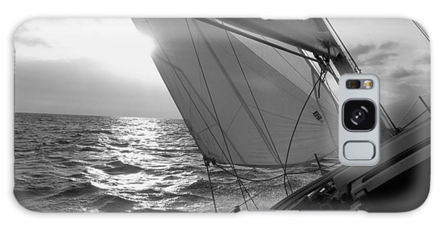 Coquette Sailing Maui Sunset Sails Sailboat Custin Ryan Black And White Water Ocean Spray Yacht Galaxy S8 Case featuring the photograph Coquette Sailing by Dustin K Ryan