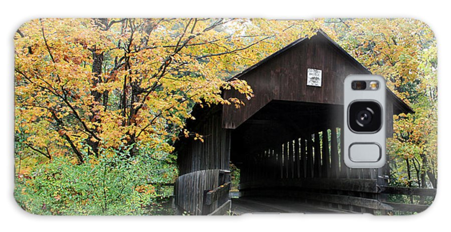 Covered Bridge Galaxy S8 Case featuring the photograph Covered Bridge Number 22 by George Jones