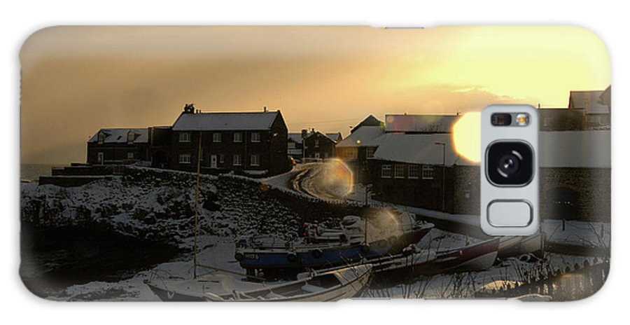 Craster Coast Galaxy S8 Case featuring the photograph Craster Harbour In Winter 2 by Robert Shard