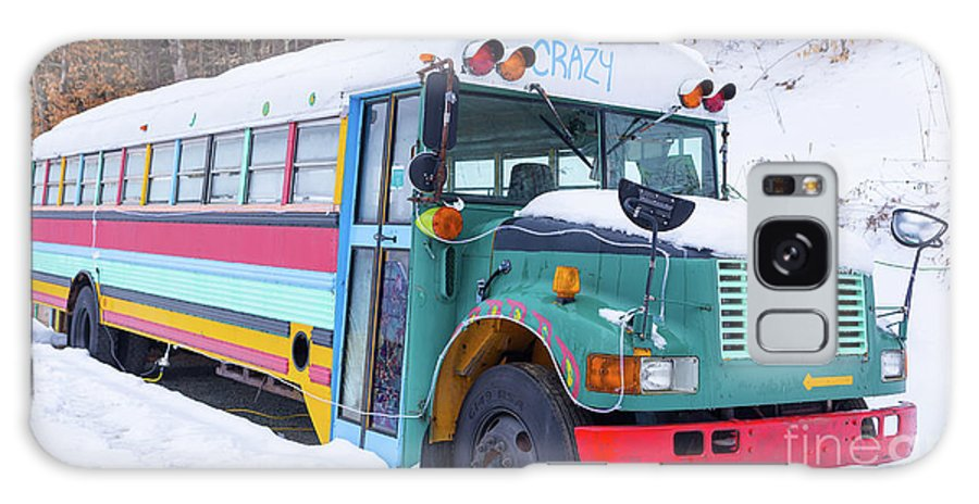 Hippy Galaxy S8 Case featuring the photograph Crazy Painted Old School Bus In The Snow by Edward Fielding