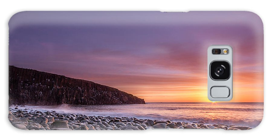 Northumberland Galaxy S8 Case featuring the photograph Cullernose Point At Sunrise by David Head