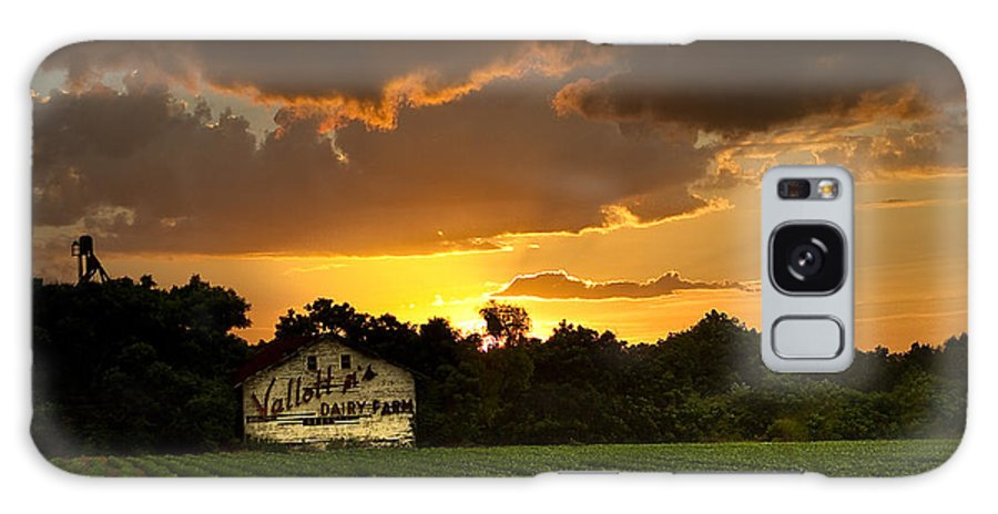 Valdosta Galaxy S8 Case featuring the photograph Dairy Fresh by Dan Wells