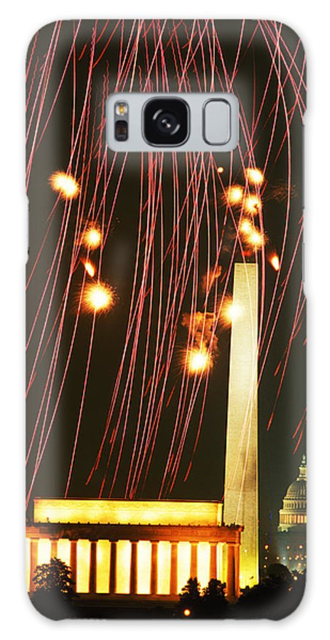 July 4 Galaxy S8 Case featuring the photograph Dc Fireworks by Carl Purcell