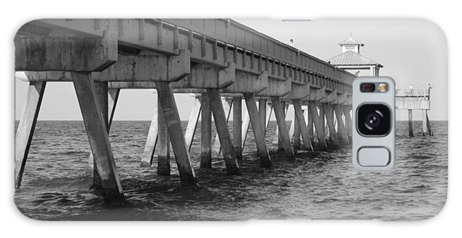 Architecture Galaxy Case featuring the photograph Deerfield Beach Pier by Rob Hans