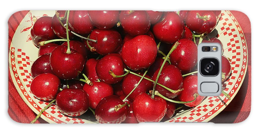 Cherries Galaxy S8 Case featuring the photograph Delicious Cherries by Carol Groenen