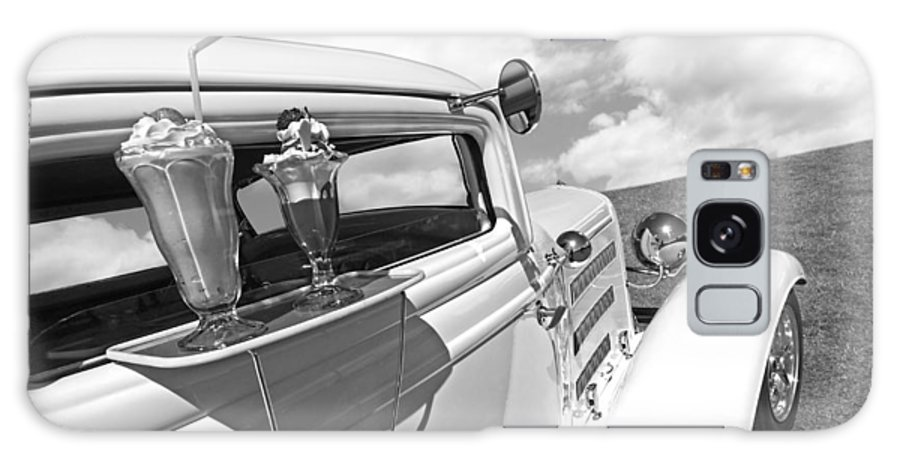 Hotrod Galaxy S8 Case featuring the photograph Deuce Coupe At The Drive-in Black And White by Gill Billington