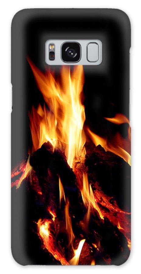 Devil Galaxy S8 Case featuring the photograph Devil Fire by Peter Piatt