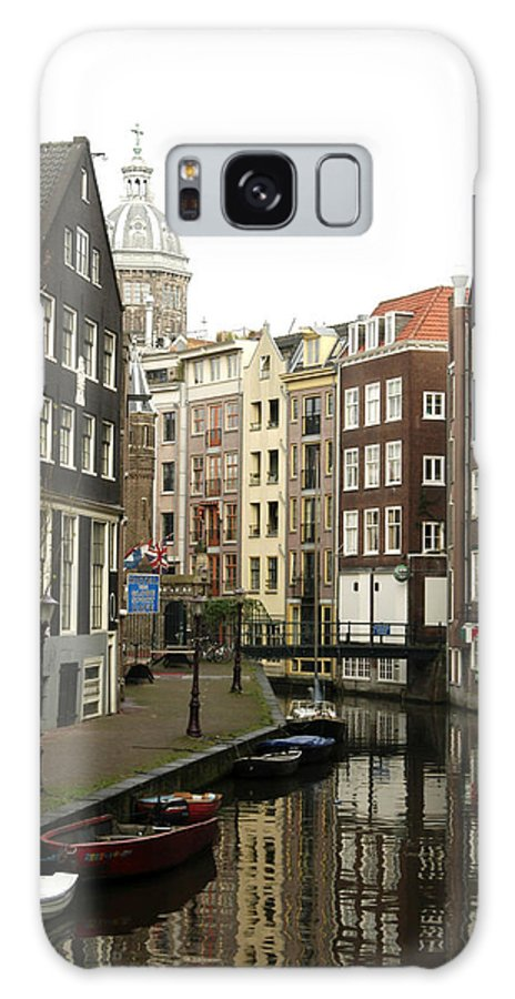 Landscape Amsterdam Red Light District Galaxy S8 Case featuring the photograph Dnrh1101 by Henry Butz