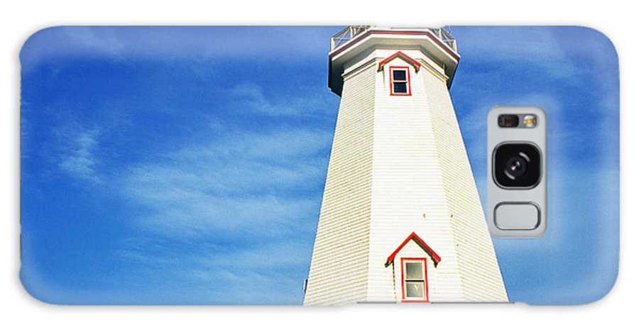 East Point Lightstation Galaxy S8 Case featuring the photograph East Point Lightstation Prince Edward Island by Thomas R Fletcher