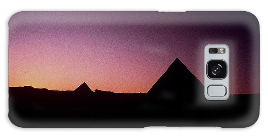 Egypt Galaxy S8 Case featuring the photograph Egyptian Sunset by Gary Wonning