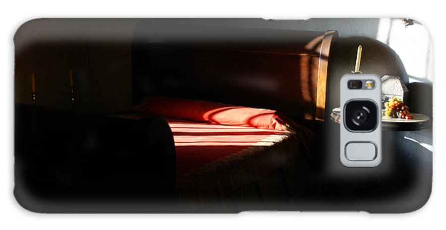 Light Galaxy S8 Case featuring the photograph En La Casa De Estudillo by Linda Shafer