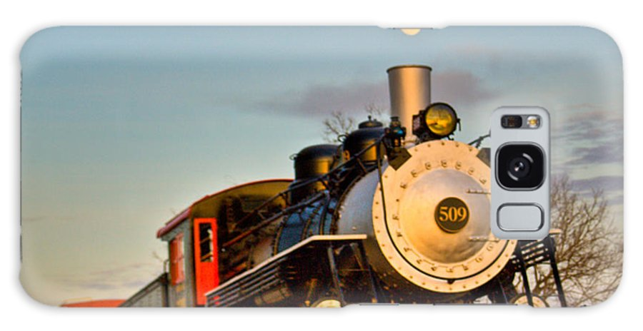 Engine Galaxy Case featuring the photograph Engine 509 At Crossville Tennessee Puffing by Douglas Barnett