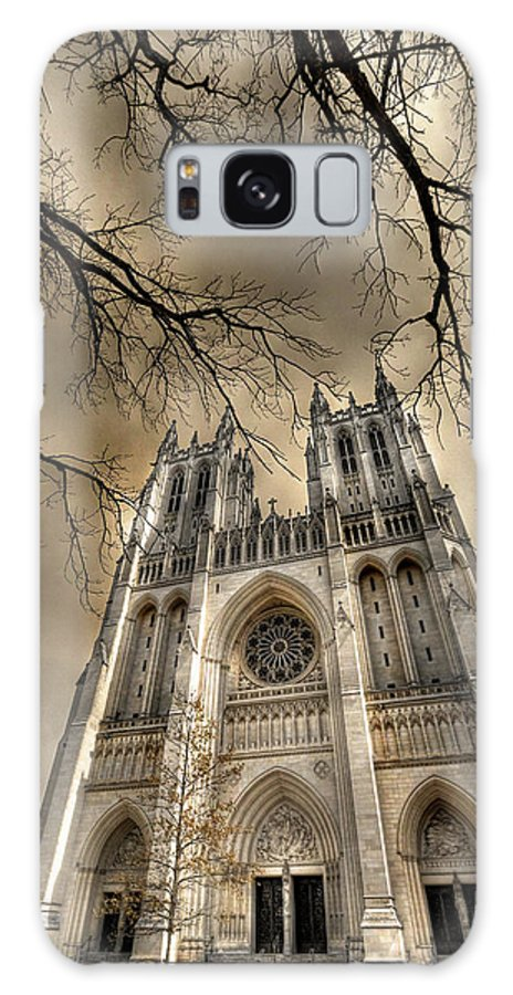 Washington National Cathedral Galaxy S8 Case featuring the photograph Evil Arms by Lori Deiter