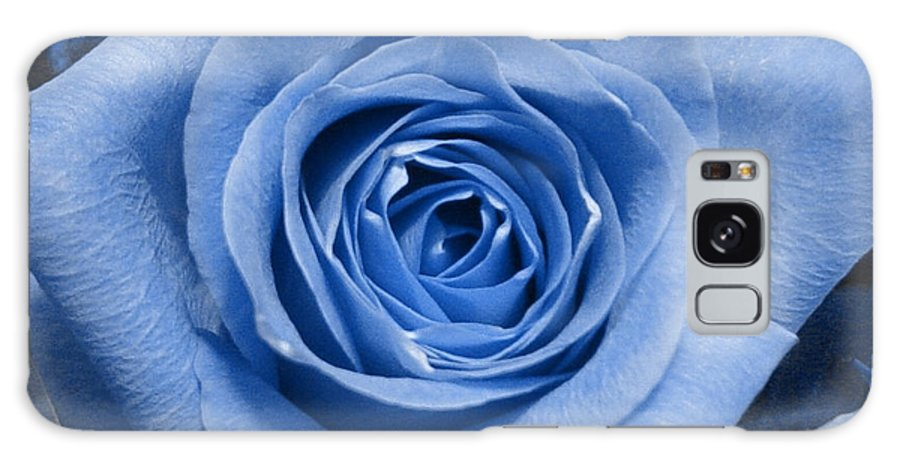 Rose Galaxy Case featuring the photograph Eye Wide Open by Shelley Jones