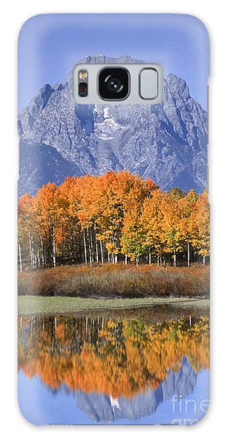 Grand Tetons Galaxy S8 Case featuring the photograph Fall Reflection At Oxbow Bend by Sandra Bronstein