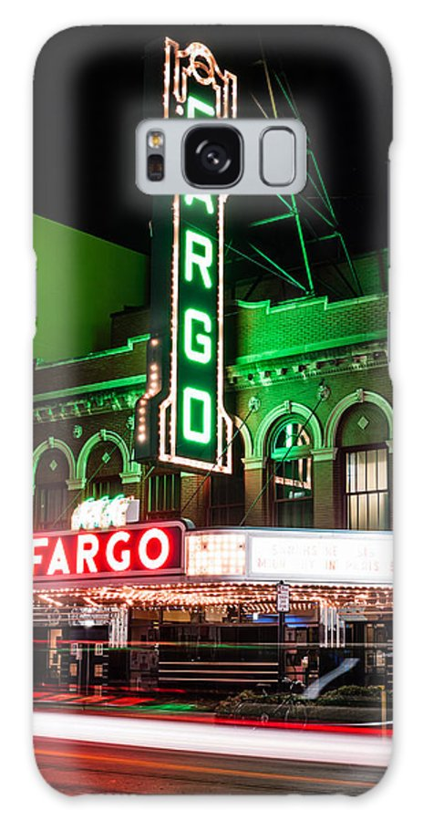 America Galaxy S8 Case featuring the photograph Fargo Nd Theatre At Night Picture by Paul Velgos