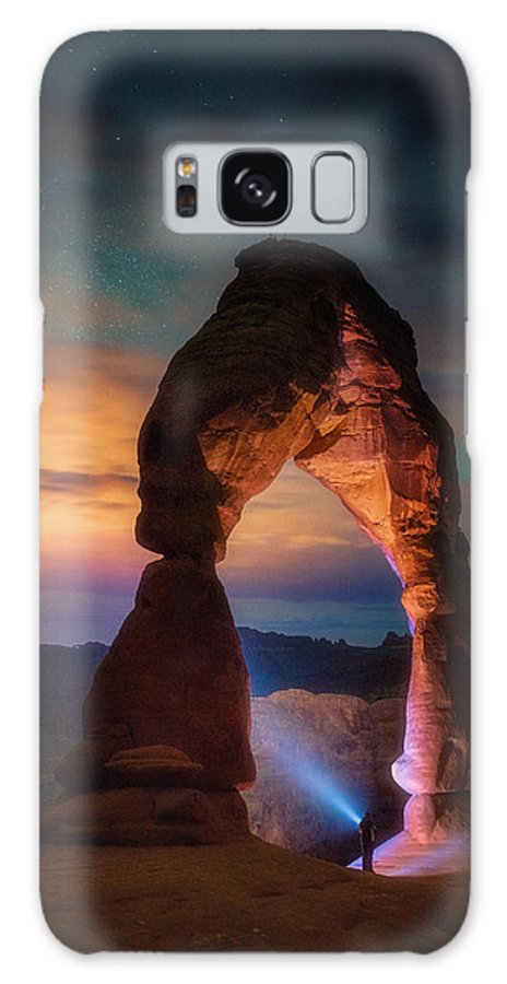 Arches Galaxy S8 Case featuring the photograph Finding Heaven by Darren White