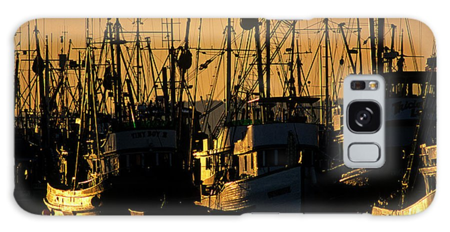 Pacific Northwest Galaxy S8 Case featuring the photograph Fishing Boats Sunset Light by Jim Corwin