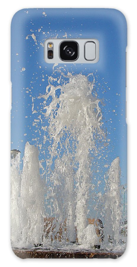 Motion Galaxy S8 Case featuring the photograph Fountain At Rhyl by Rod Johnson