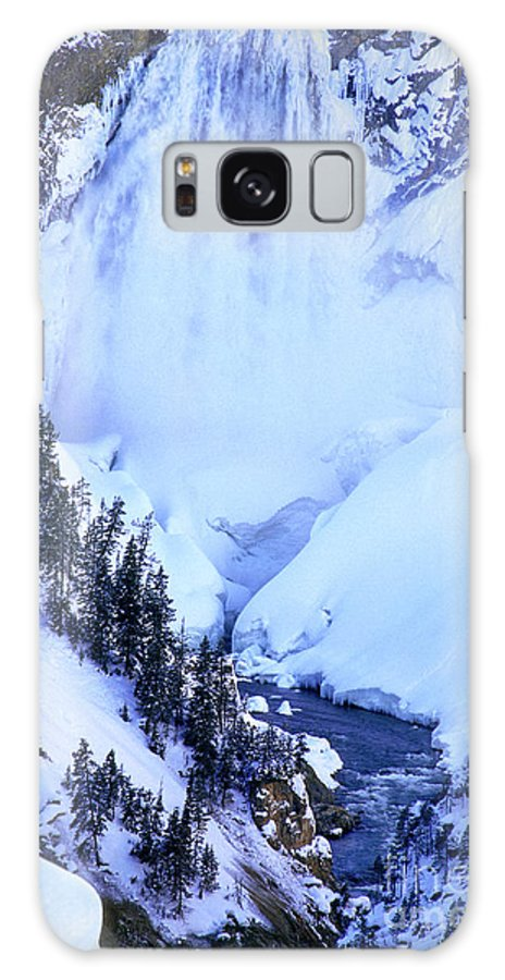 North America Galaxy S8 Case featuring the photograph Frozen In Time Yellowstone National Park by Dave Welling