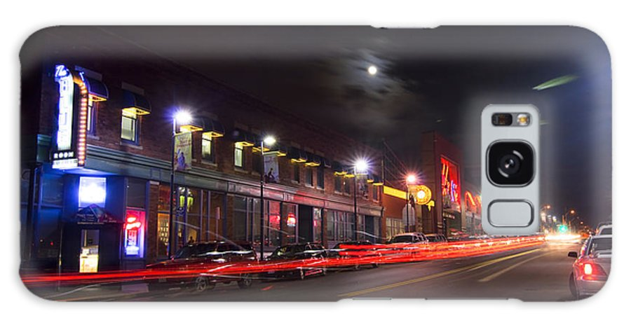 Kansas City Galaxy S8 Case featuring the photograph Full Moon And Night Clubs by Sven Brogren