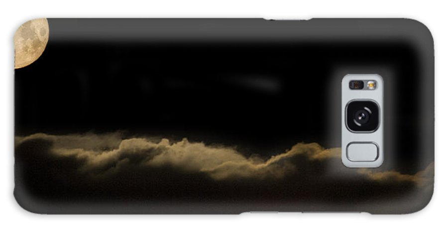Full Galaxy S8 Case featuring the photograph Full Moon Setting Over Clouds by Ian Middleton