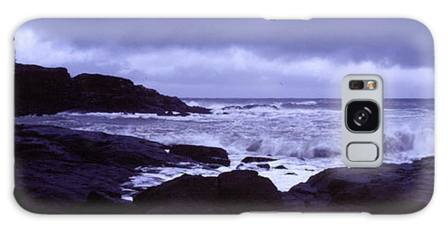 Nubble Light Galaxy S8 Case featuring the photograph Gale Winds At Nubble Light by Thomas Habif