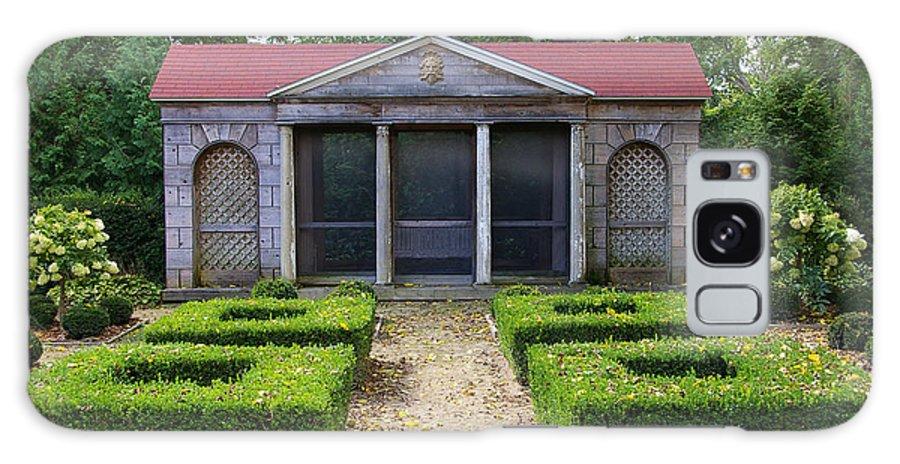 Garden House Galaxy S8 Case featuring the photograph Garden House by Tom Reynen