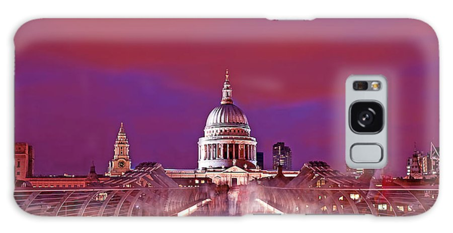 St Galaxy S8 Case featuring the photograph Ghostly Commuters Head To St Pauls On Millennium Bridge by Chris Smith