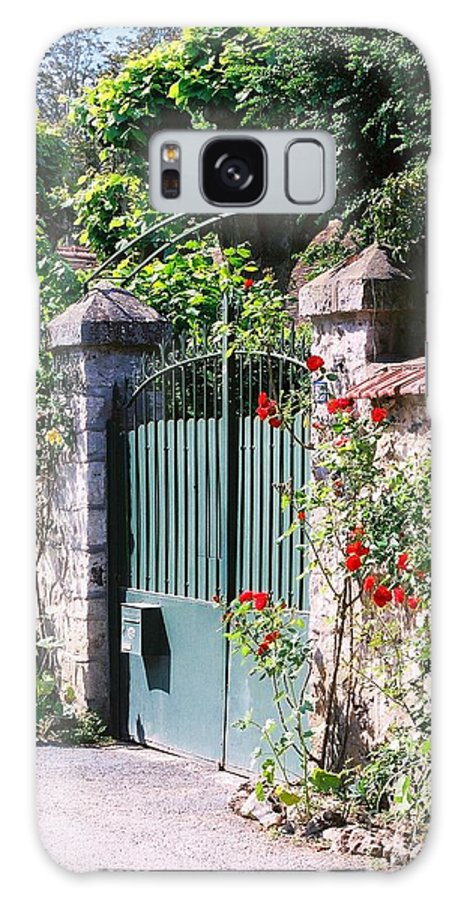 Giverny Galaxy S8 Case featuring the photograph Giverny Gate by Nadine Rippelmeyer