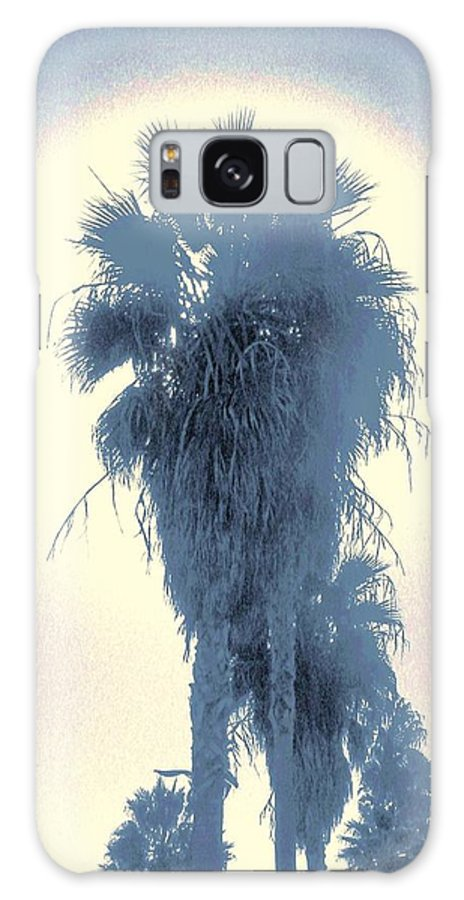 Palm Trees Galaxy S8 Case featuring the photograph Glow by Daniele Smith