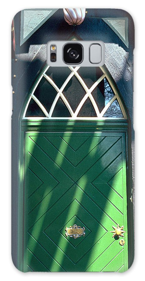 Green Galaxy S8 Case featuring the photograph Green Door by Flavia Westerwelle