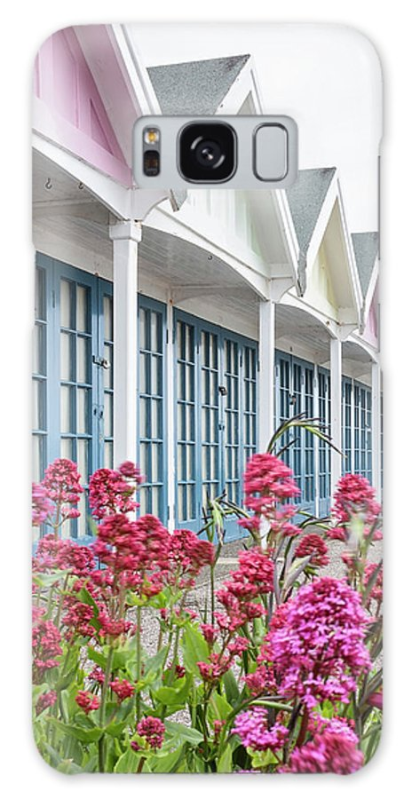 Greenhill Gardens Galaxy S8 Case featuring the photograph Greenhill Gardens Weymouth by Graham Custance