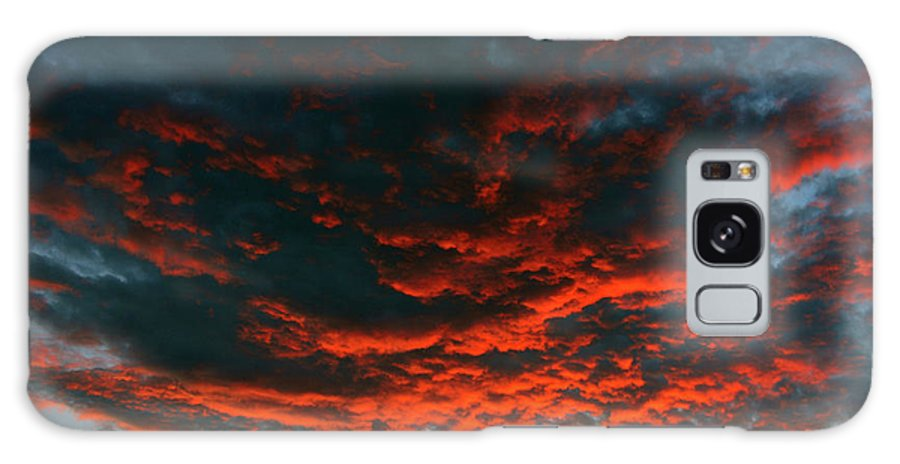 Cloudscape Galaxy S8 Case featuring the photograph Hanging Clouds by David Lee Thompson