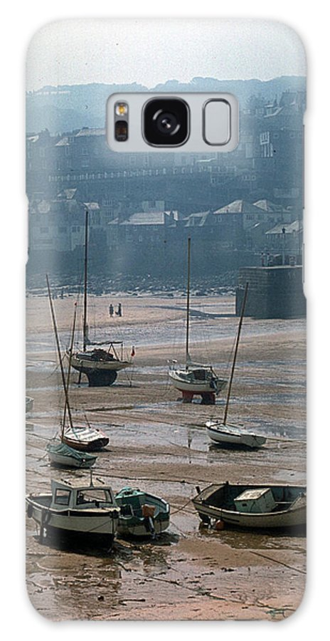 Great Britain Galaxy S8 Case featuring the photograph Harbor IIi by Flavia Westerwelle