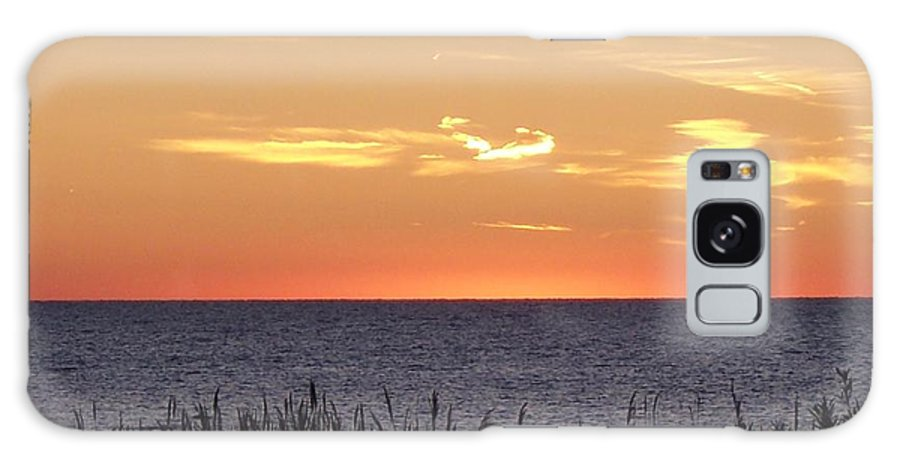 Sunset Galaxy S8 Case featuring the photograph Heart Sunset by Michelle Miron-Rebbe