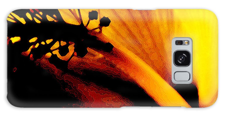 Flower Galaxy S8 Case featuring the photograph Heat by Linda Shafer