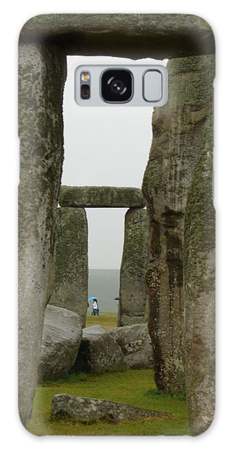 Stonehenge Galaxy S8 Case featuring the photograph Henge by Priscilla Richardson